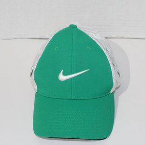 Nike Green and White Golf Hat
